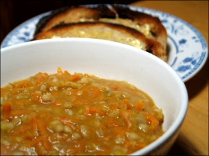 Creamy Bean & Vegetable Soup